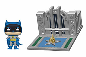 Batman - Batman with the Hall of Justice POP Vinyl Figure